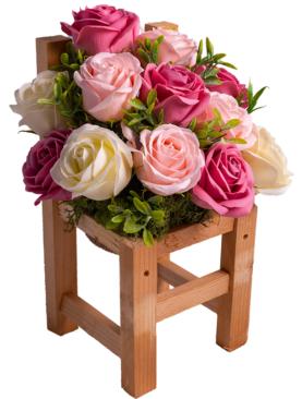 Scaunel Handmade cu trandafiri din sapun
